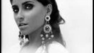 Canciones De Nelly Furtado - Te Busqué