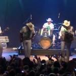 Bronco- Nunca Voy A Olvidarte ( En vivo )