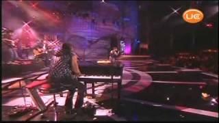 Camila - Me da igual ( En concierto )