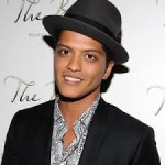 Bruno Mars - Locked Out Of Heaven ( Video y Letra )
