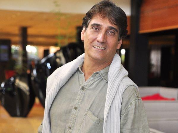Guillermo Dávila - Ves Como Es ( Vídeo y Letra )