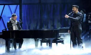 Camila ft Ricky Martin - Perdon en vivo